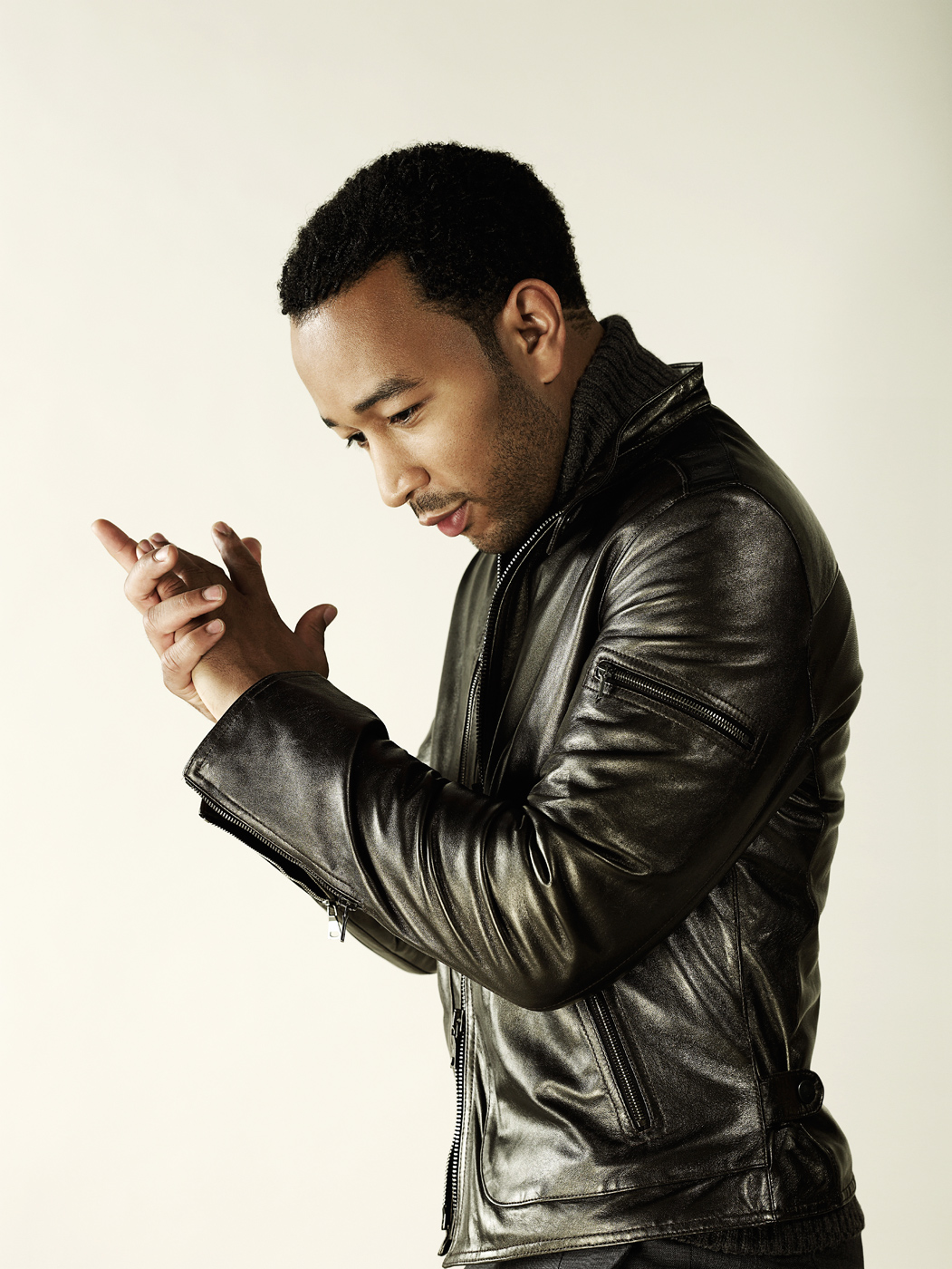 JohnLegend_PeachMag08-120_XY